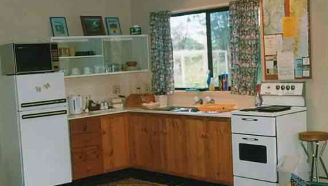 The Cottage's fully equipped Kitchen - CLICK TO GO TO NEXT PAGE